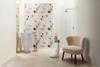 Florystyczna łazienka w jasnych kolorach