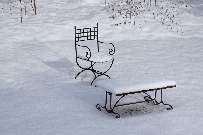 Meble ogrodowe do ogrodu zimowego – czy to się sprawdza?
