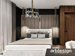 Ciepła, luksusowa sypialnia glamour
