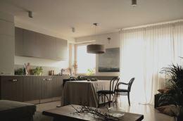 Jadalnia z kuchnią w mieszkaniu