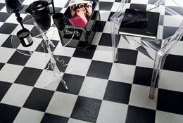 Poczekalnia w salonie urody - płytki Tubądzin Pastele