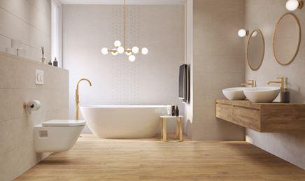 Jasna łazienka w drewnie ze złotymi akcentami