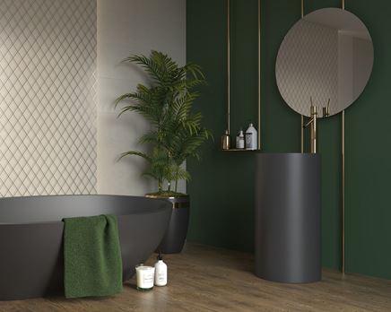 Aranżacja zielonej łazienki w stylu glamour z mozaikową ścianą