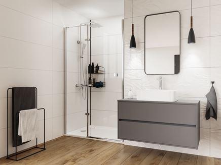 Biało-brązowa łazienka z szarymi dodatkami