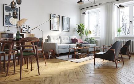 Klasyczny salon z drewnianą podłogą