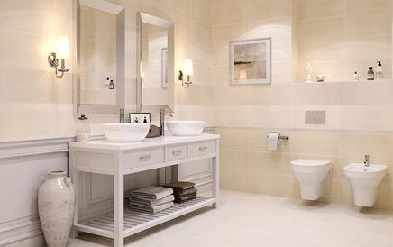 Klasyczna łazienka w jasnych odcieniach