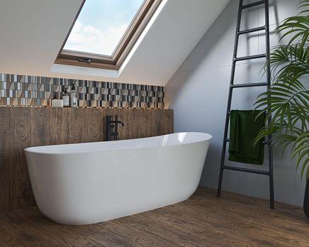 Strefa kąpielowa w drewnie wykończona mozaiką