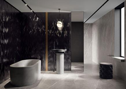 Szaro-czarna łazienka w stylu glamour