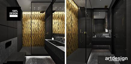 Złota mozaika w czarnej łazience