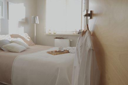 Przytulna sypialnia hygge