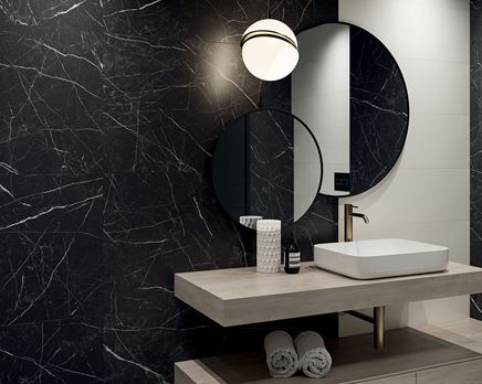 Nowoczesna łazienka z czarnymi płytkami Paradyż Artstone