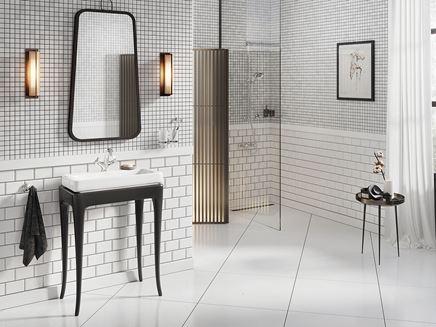 Aranżacja białej łazienki w stylu retro