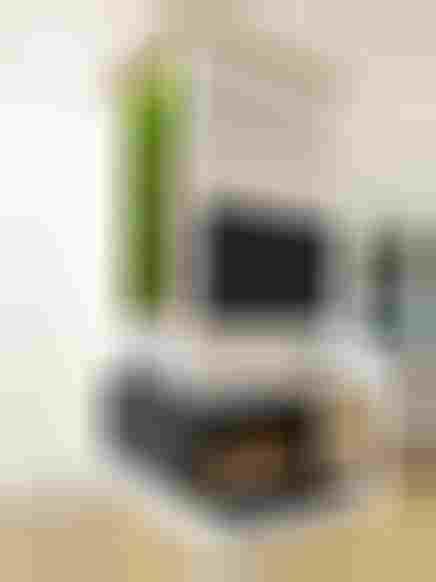 Strefa telewizyjna z bio kominkiem