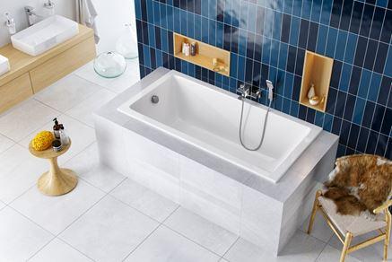 Nowoczesna łazienka z prostokątną wanną