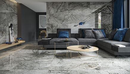 Aranżacja szarego salonu w stylu glamour
