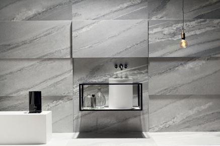 Łazienka w szarych marmurach