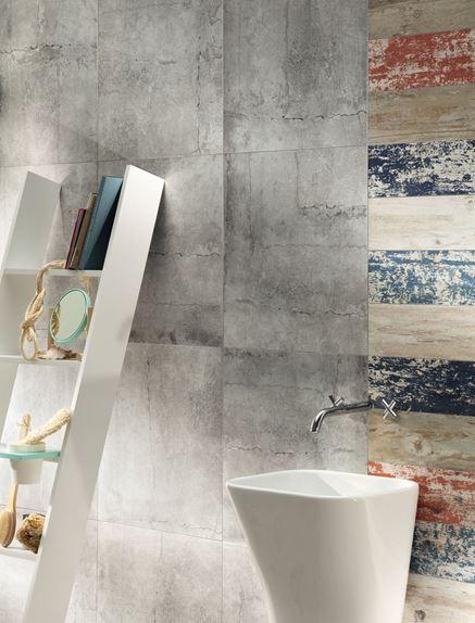 Łazienka z oryginalnym łączeniem powierzchni ścian