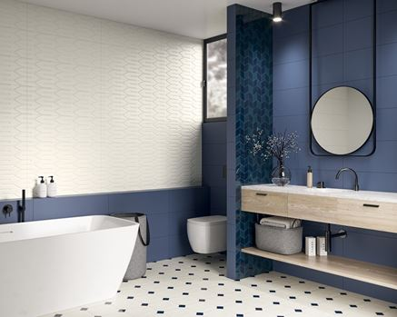 Nowoczesna łazienki w kolorze biało-niebieskim