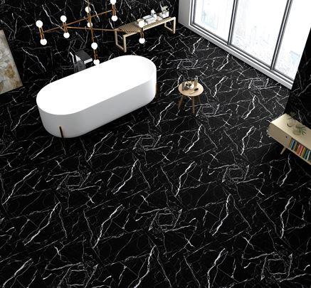 Czarny kamień w przestronnej łazience glamour