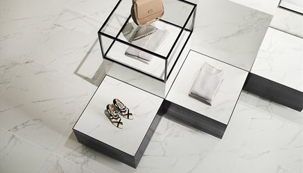 Uniwersalna płytka z rysunkiem marmuru Opoczno Calacatta Marble