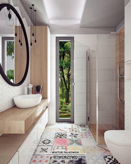Kolorowy patchwork w nowoczesnej łazience