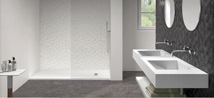 Nowoczesna łazienka z płytkami strukturalnymi