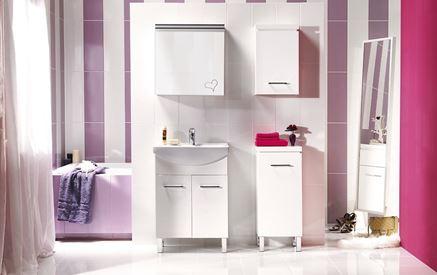 Łazienka w różu i fiolecie z meblami Cersanit Olivia