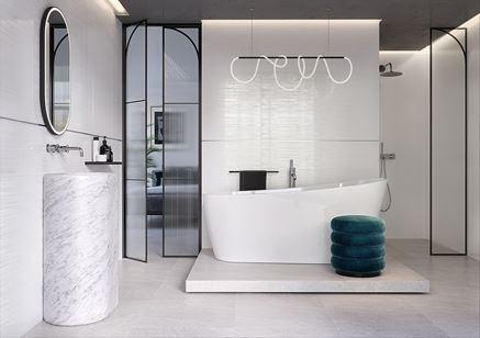 Łazienka glamour z białymi płytkami