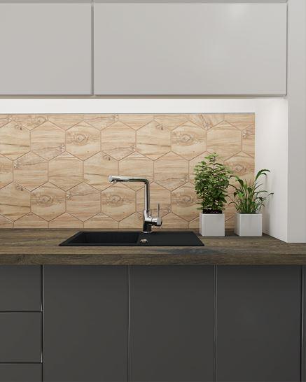 Heksagonalna ściana w kuchni