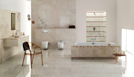 Łazienka z marmurowymi płytami Opoczno Lazio