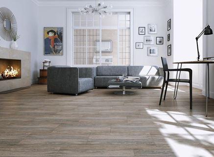 Płytka drewnopodobna w salonie - Cersanit Tizura