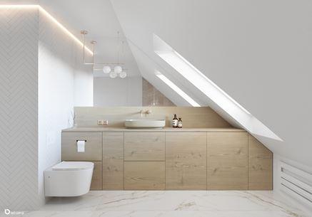 Elegancka łazienka na poddaszu - biel i drewno