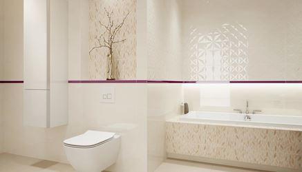 Dekory i płytki strukturalne w beżowej łazience