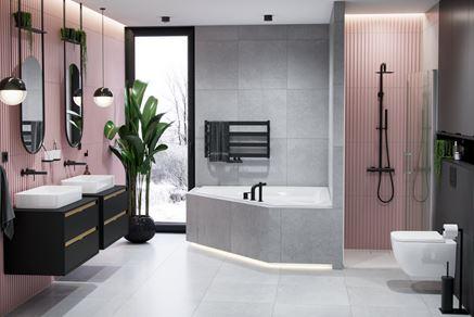 Szaro-różowa łazienka z czarną armaturą