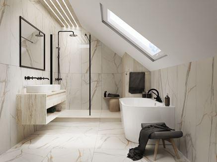 Marmurowa łazienka z jasnym drewnem