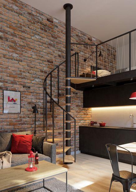 Industrialne schody na antresolę - mieszkanie w stylu loft