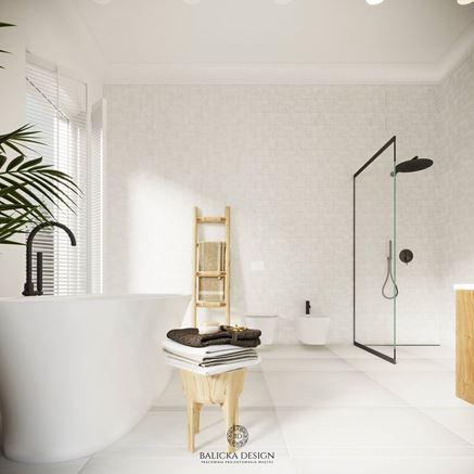 Jasna i słoneczna łazienka