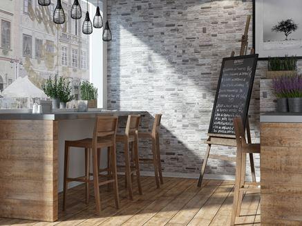 Kameralna kawiarnia w rustykalnym drewnie