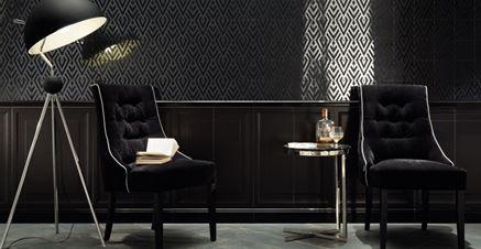 Klimatyczny salon w czerni