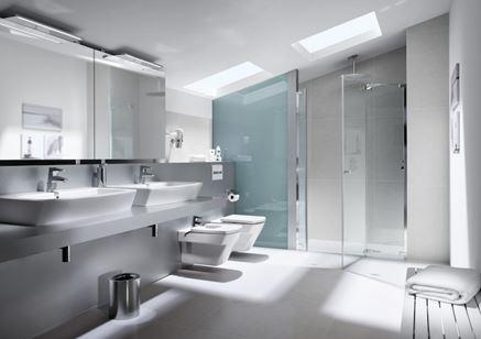 Nowoczesna łazienka Roca Hall