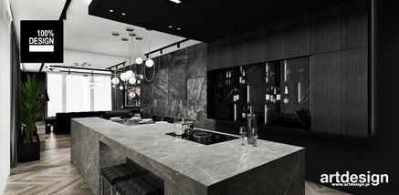 Zabudowa kuchenna w czarnym fornirze ze szklaną witryną