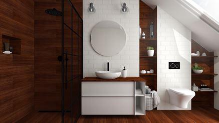 Biało-brązowa aranżacja łazienki na poddaszu