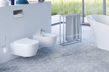 Heksagonalna podłoga w łazience