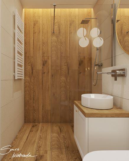 Prysznicw walk-in z drewnopodobną płytką