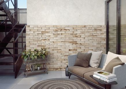 Cegiełka Cerrad Piatto Sand na ścianie elewacji patio
