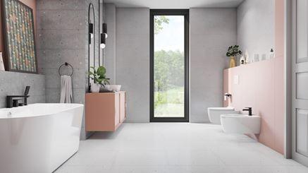 Przestronna łazienka w pastelach