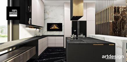 Biało-czarna kuchnia z dodatkiem złota