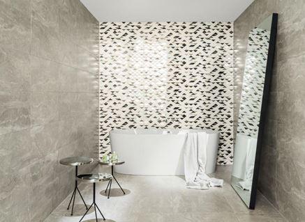 Stylowa szara łazienka z dekorami