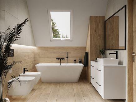 Drewno i kamień w łazience na poddaszu