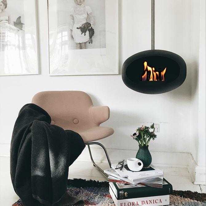 Le Feu Sky Black Bio Ethanol Fireplace.jpg
